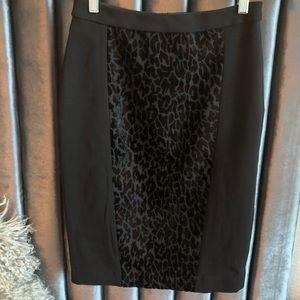NEW Ann Taylor Pencil Skirt Black Animal Print